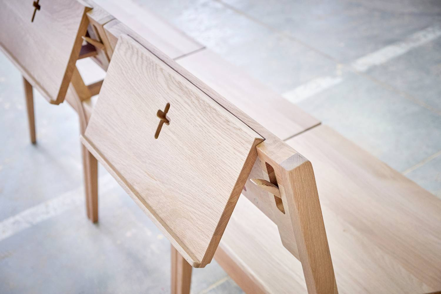 Oak wood writing desk for the church chair with an bible holder.